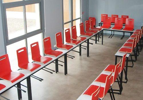 Salle modulable accessible jusqu'à 80 personnes 77