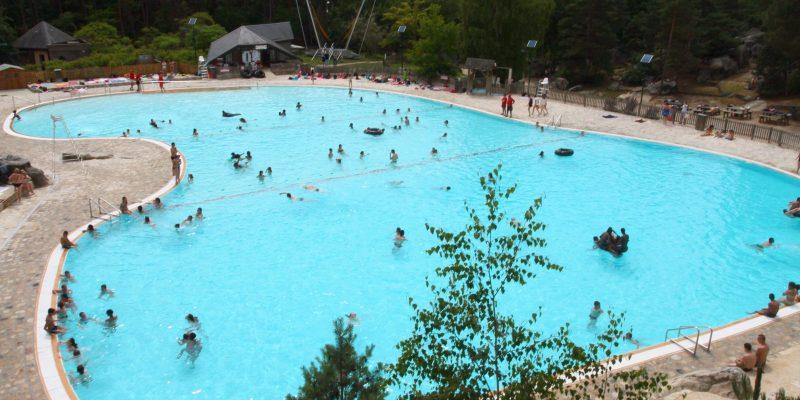 La piscine de Buthiers un espace de détente avec de nombreuses activités